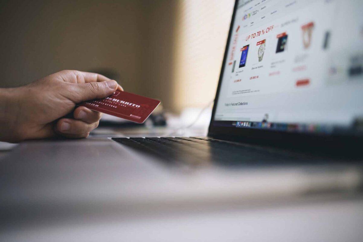økonomisk frihet med et kredittkort